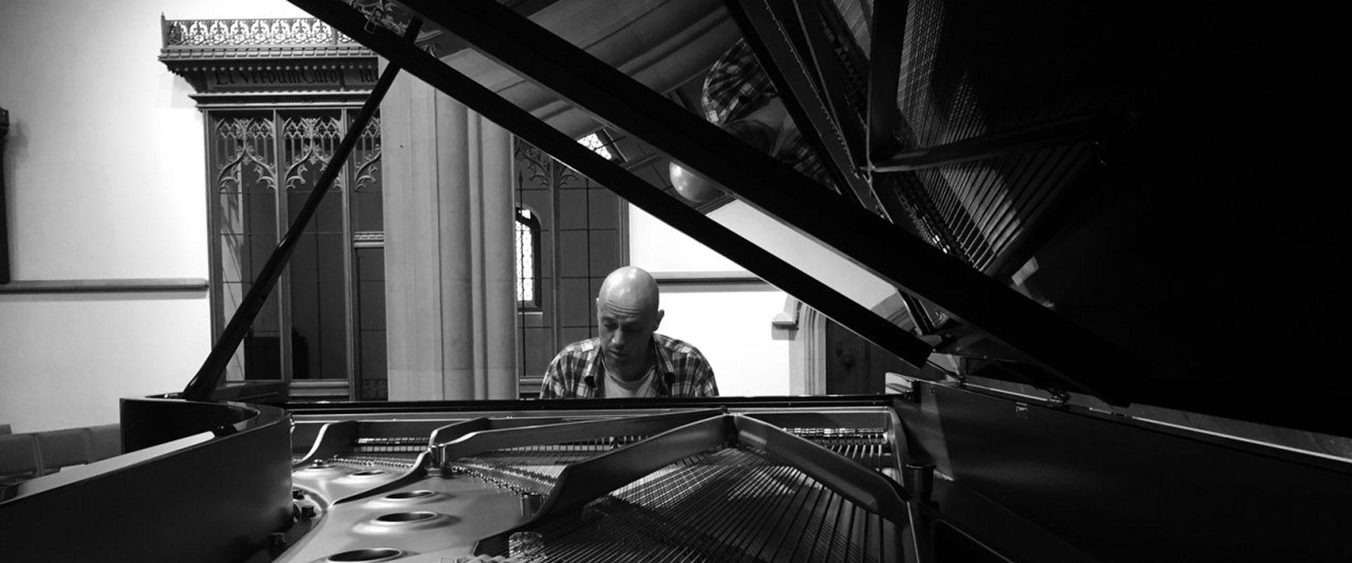 1111 The Adderbury Ensemble Quartet With Viv Mclean